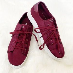 Tretorn BLAIRE Bold III SATIN Sneakers Oxford Wine